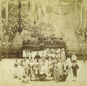 bal-douverture-en-1889-DEF