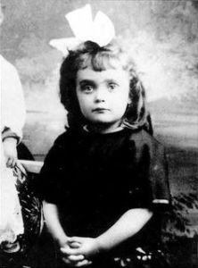Piaf - dziewczynka