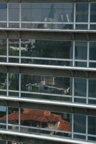 buildings_on_mirror