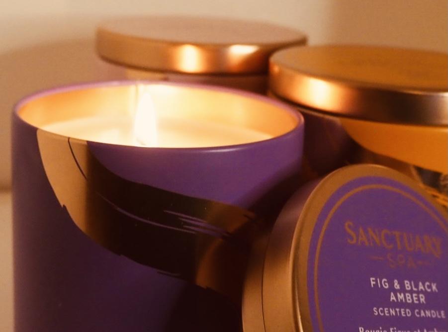 Sanctuary Spa fig & black amber