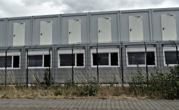 Wohncontainer für Asylbewerber - Symbolfoto O24