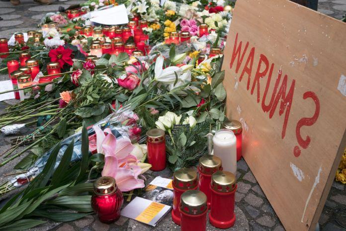 Gedenken für die Opfer vom Breitscheidplatz / Foto: hanohiki / 123RF Standard-Bild