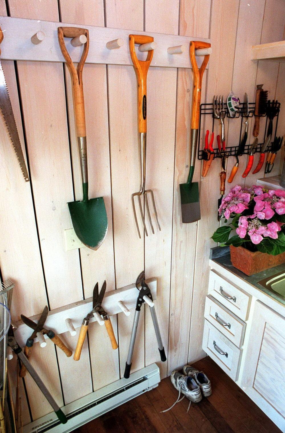 Garden Tools Organizer Diy