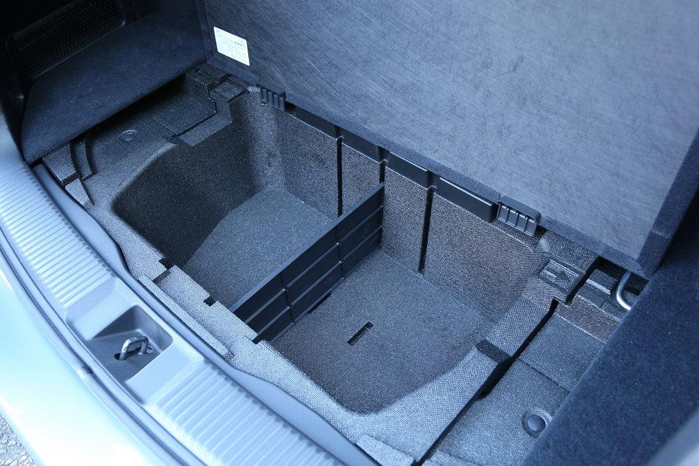 Subaru Cargo Organizer All Models Soa567t100