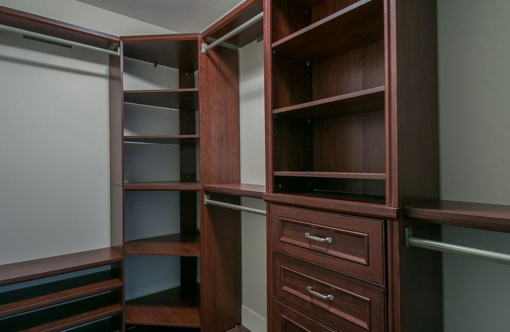 Martha Stewart Closet Corner