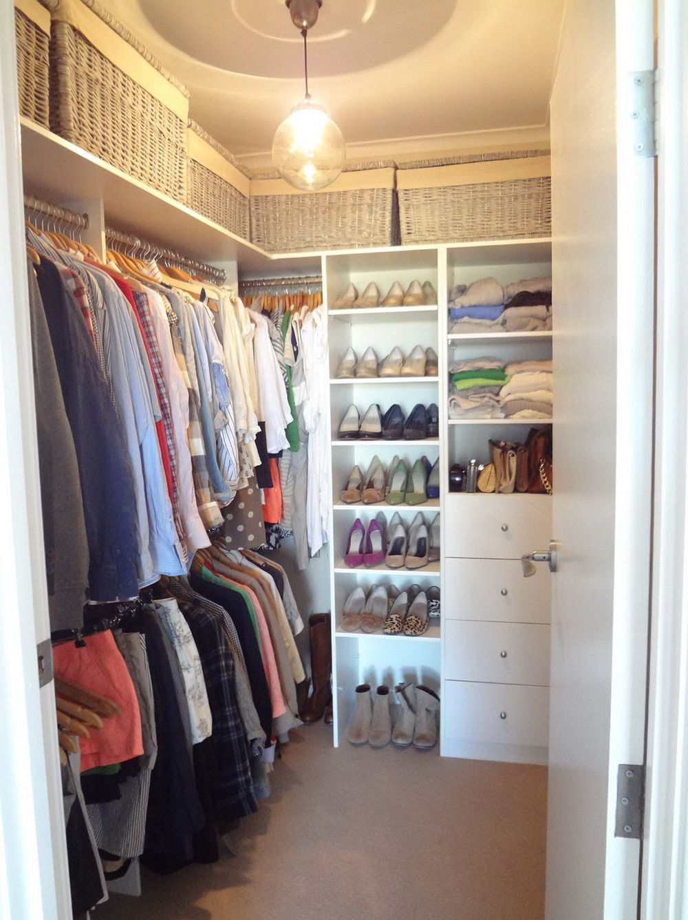 Small Closet Designs Pictures