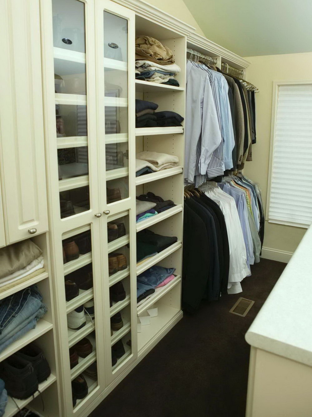 Walk In Closet Organizing Ideas