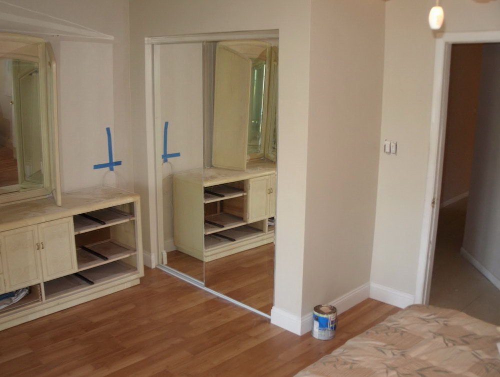 How To Install Sliding Closet Doors On Laminate
