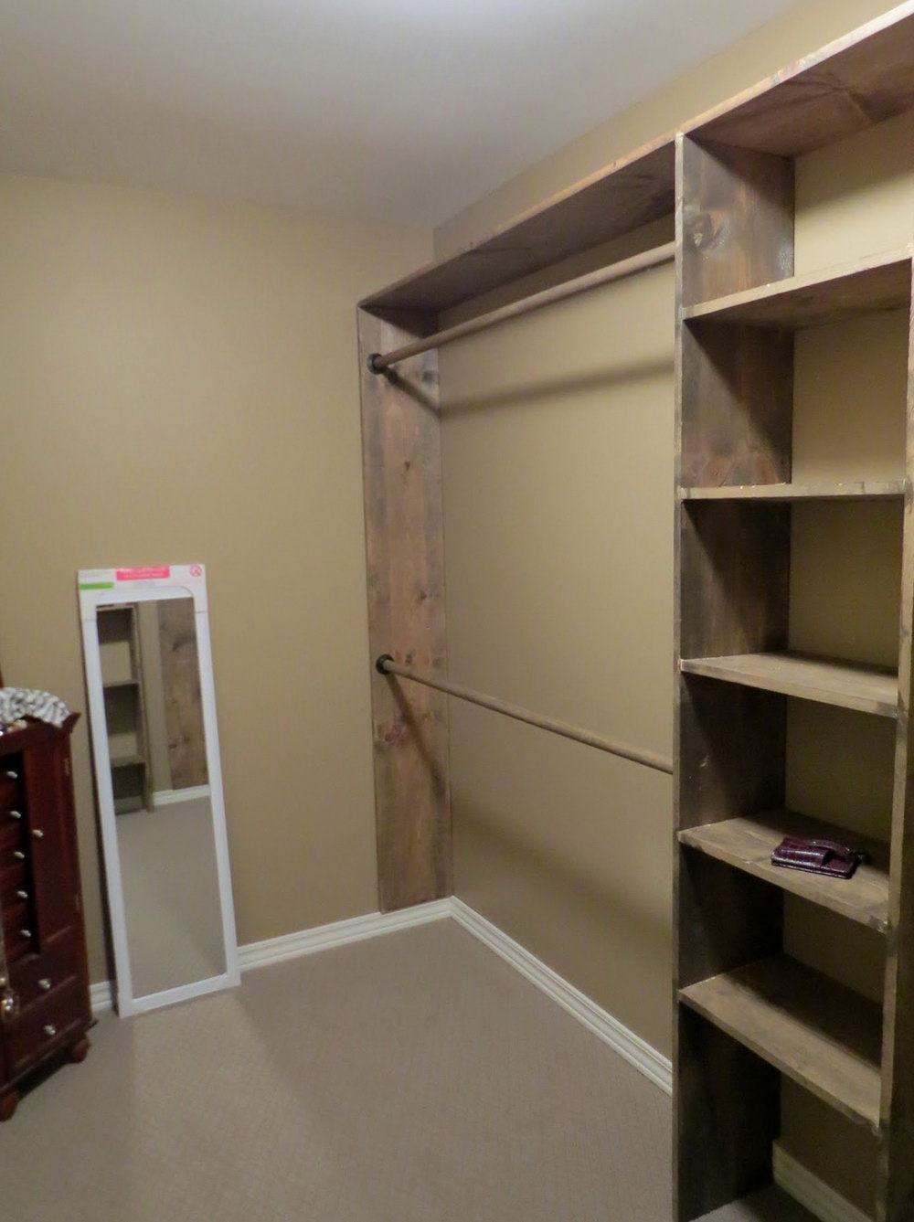 Walk In Closet Corner Shelves