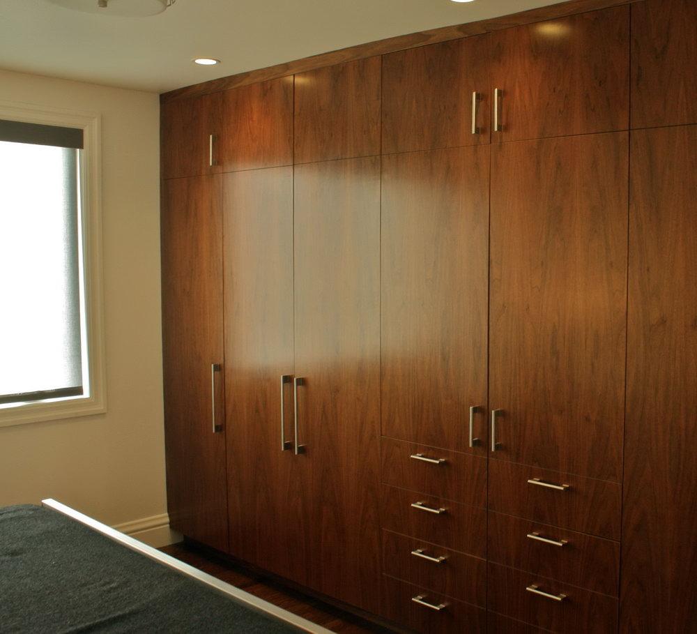Wall Mounted Closet Design