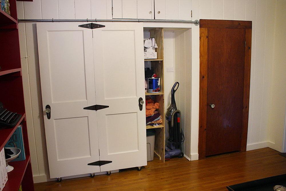 Barn Style Bifold Closet Doors