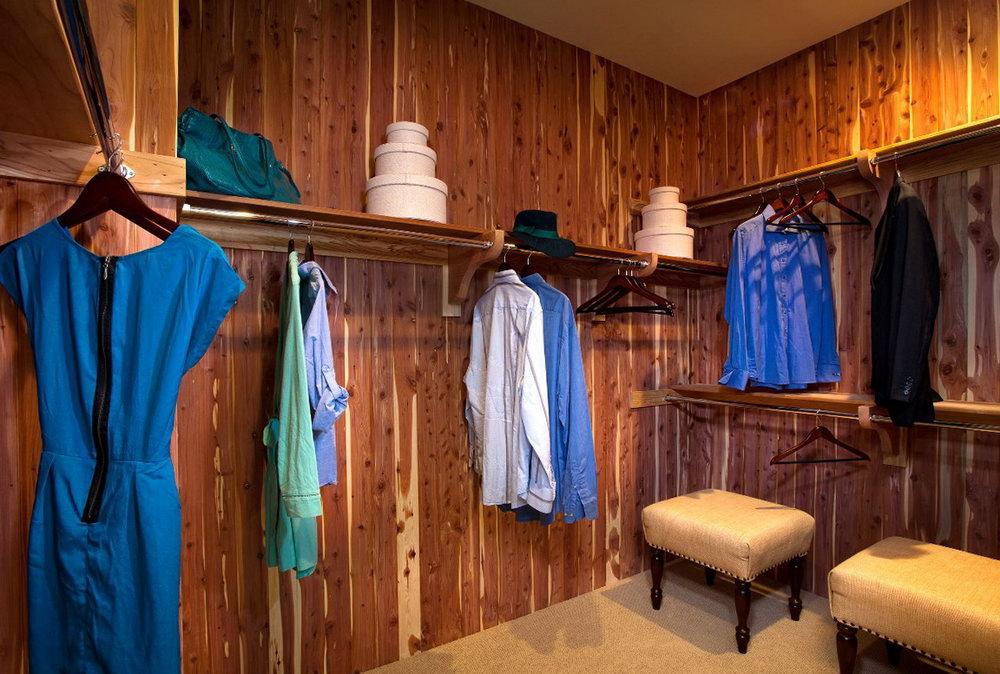 Cedar Lined Closet Kit