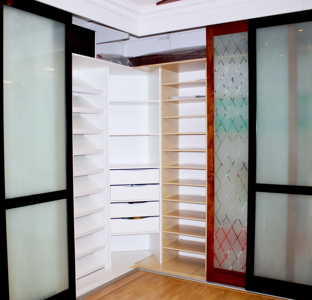 Closet For Sale In Abu Dhabi