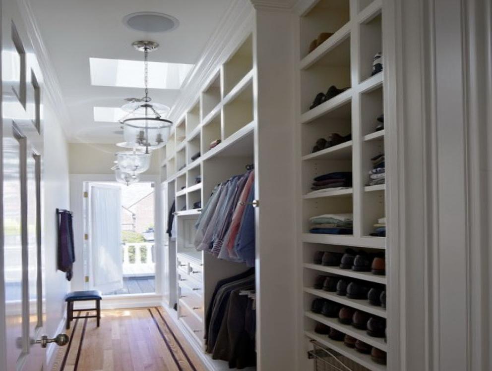 Modern Small Walk In Closet Designs