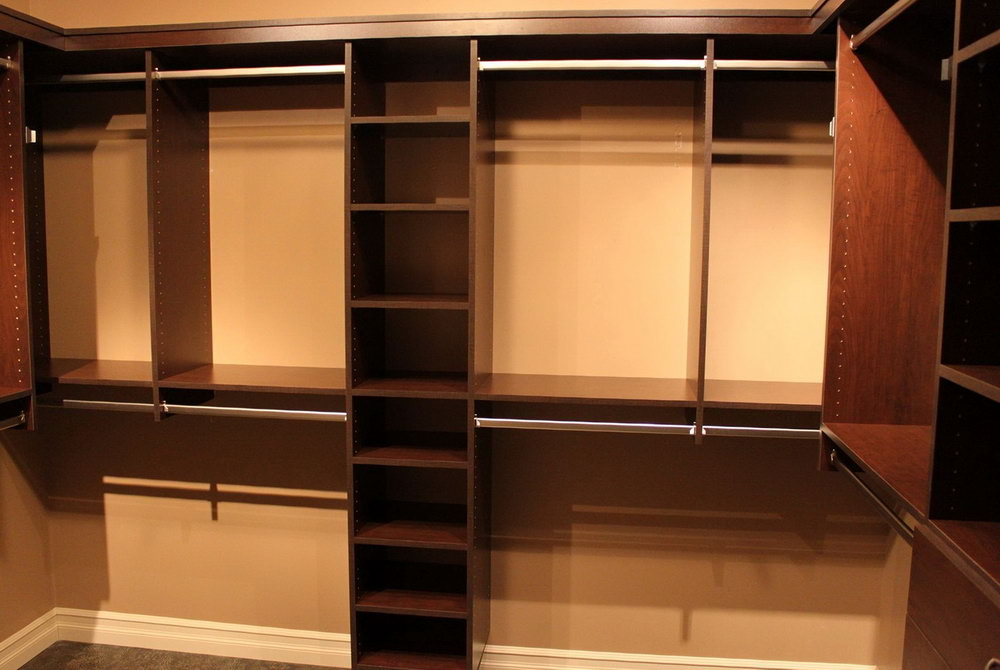 Simple Walk In Closet Design Ideas
