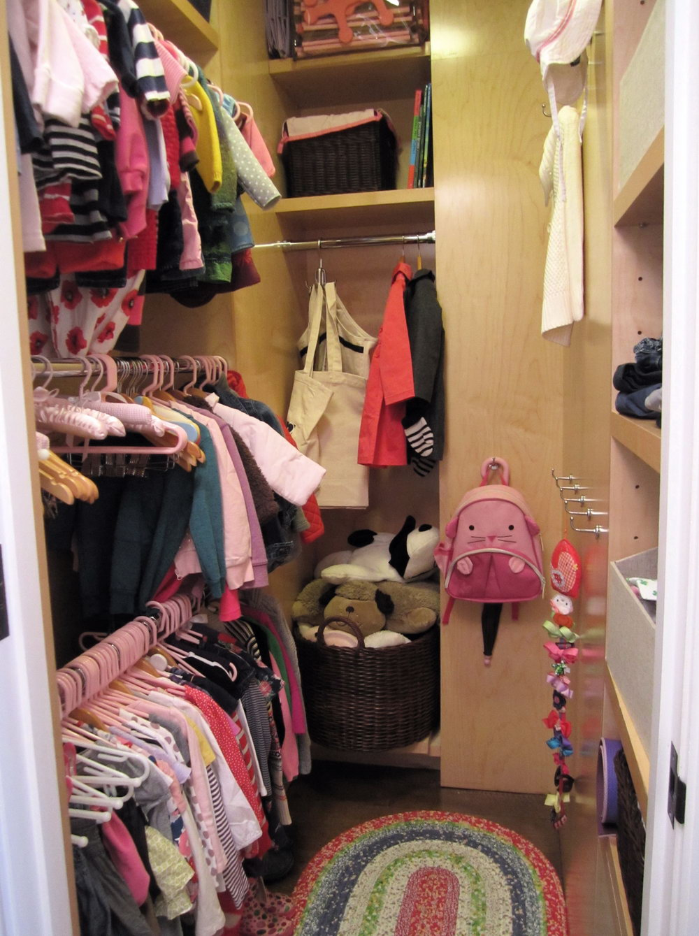 Walk In Closets For Small Spaces