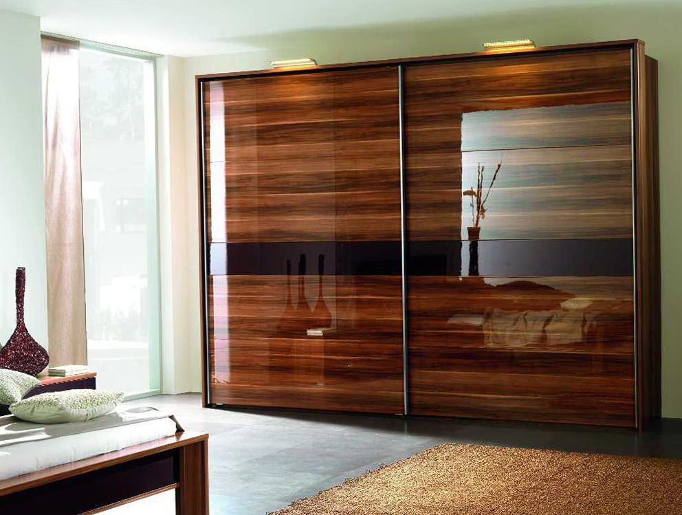 Wall Closet Design Ideas