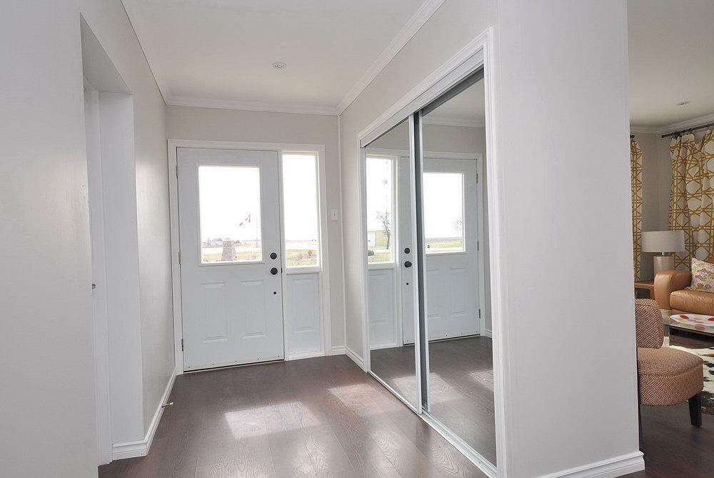 Bedroom Closet With Mirror Designs