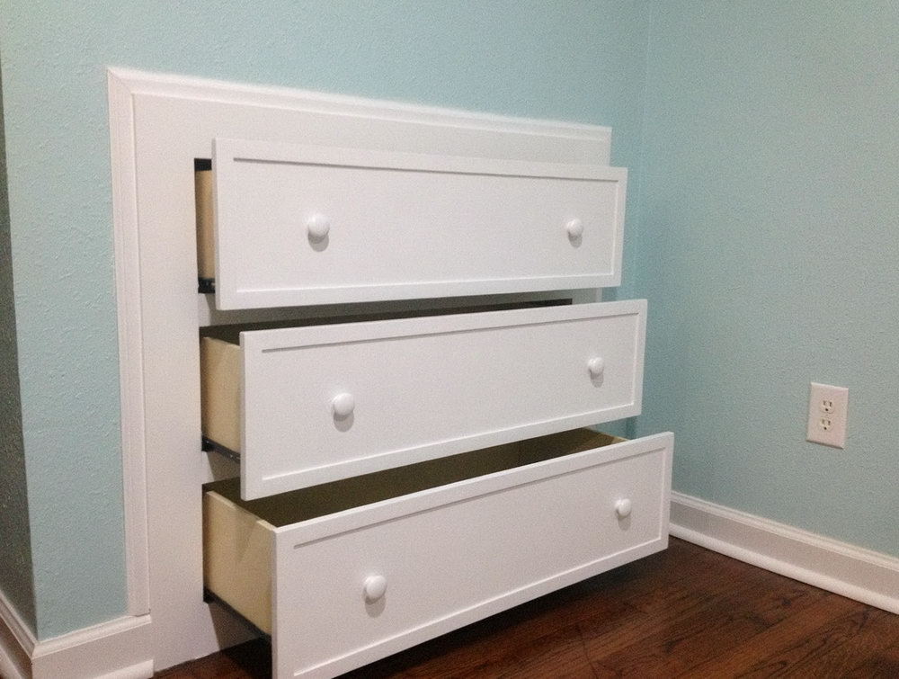 Built In Closet And Dresser Drawers