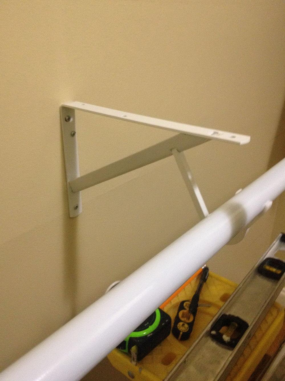 Closet Rod Center Support