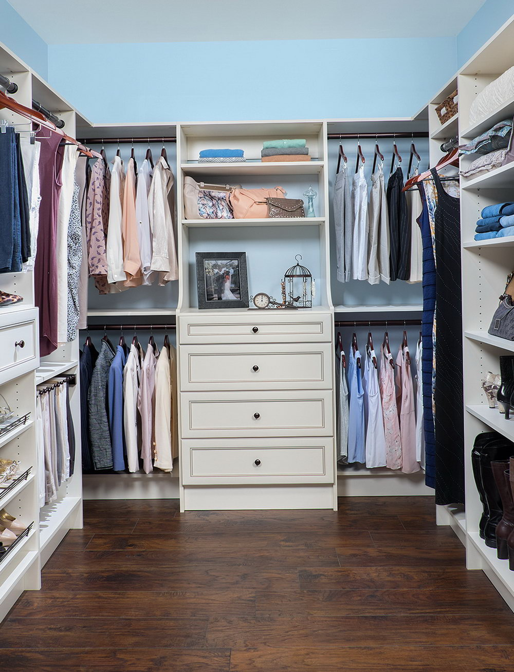Custom Walk In Closet Design Online