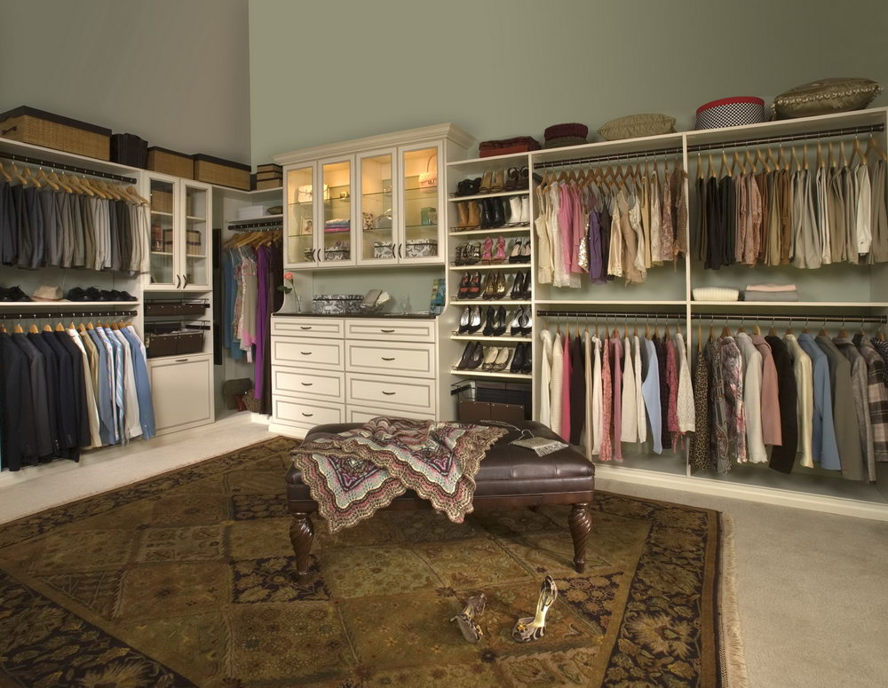Custom Walk In Closet Designs
