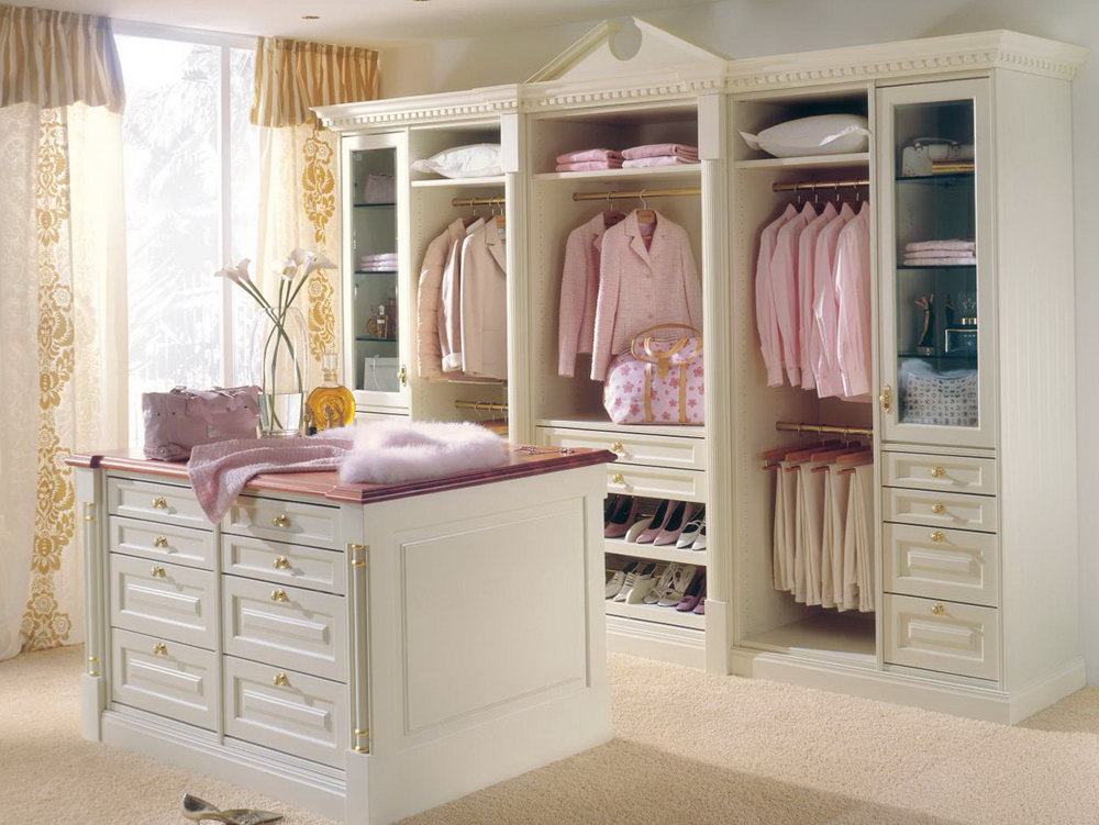 Ladies Walk In Closet Designs