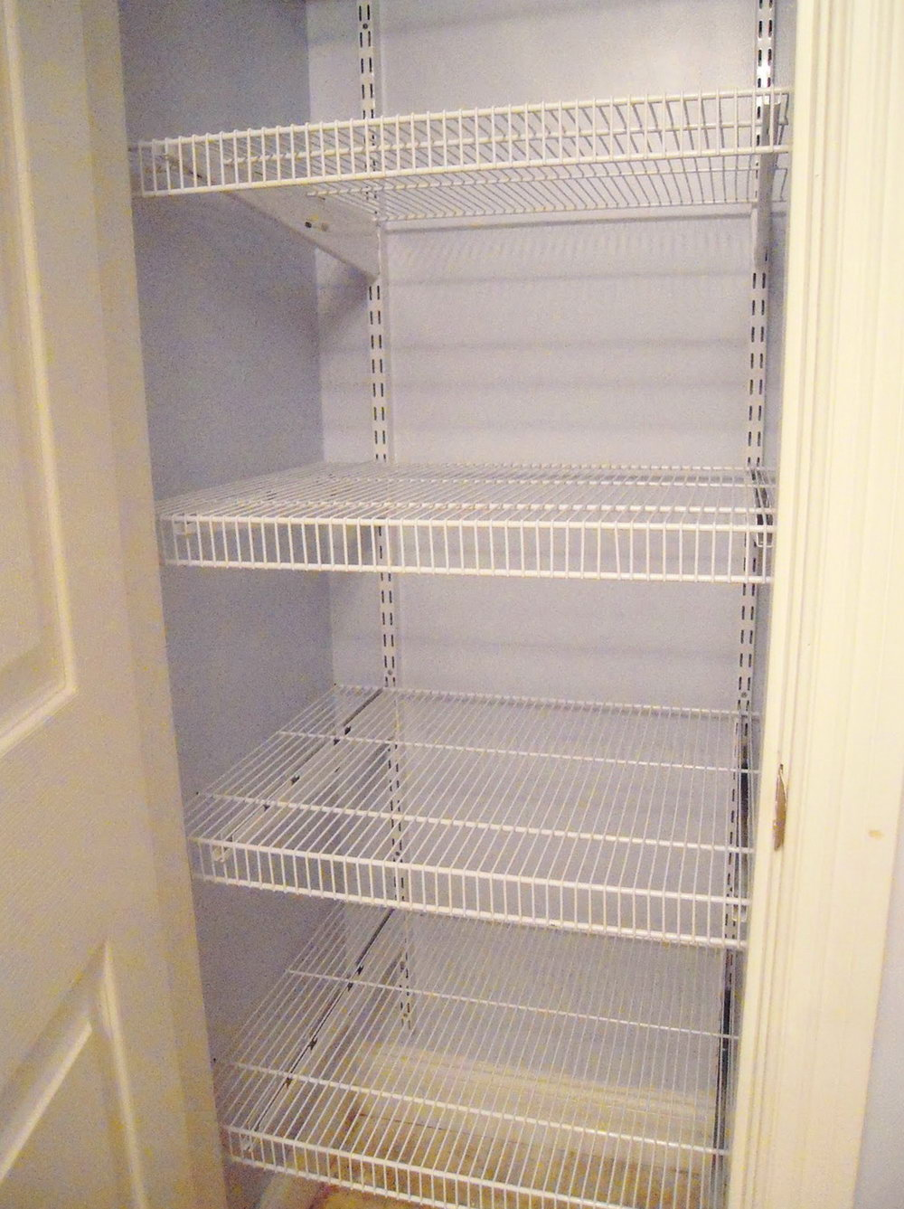 Linen Closet Shelves Ideas