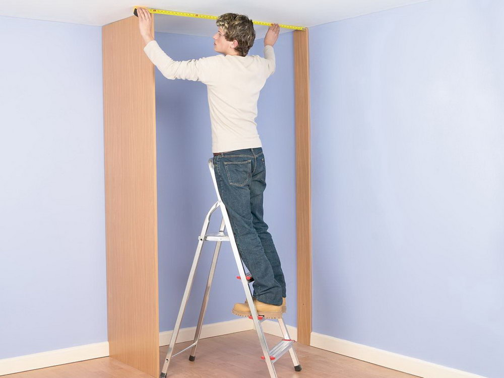 Making A Closet In A Small Room