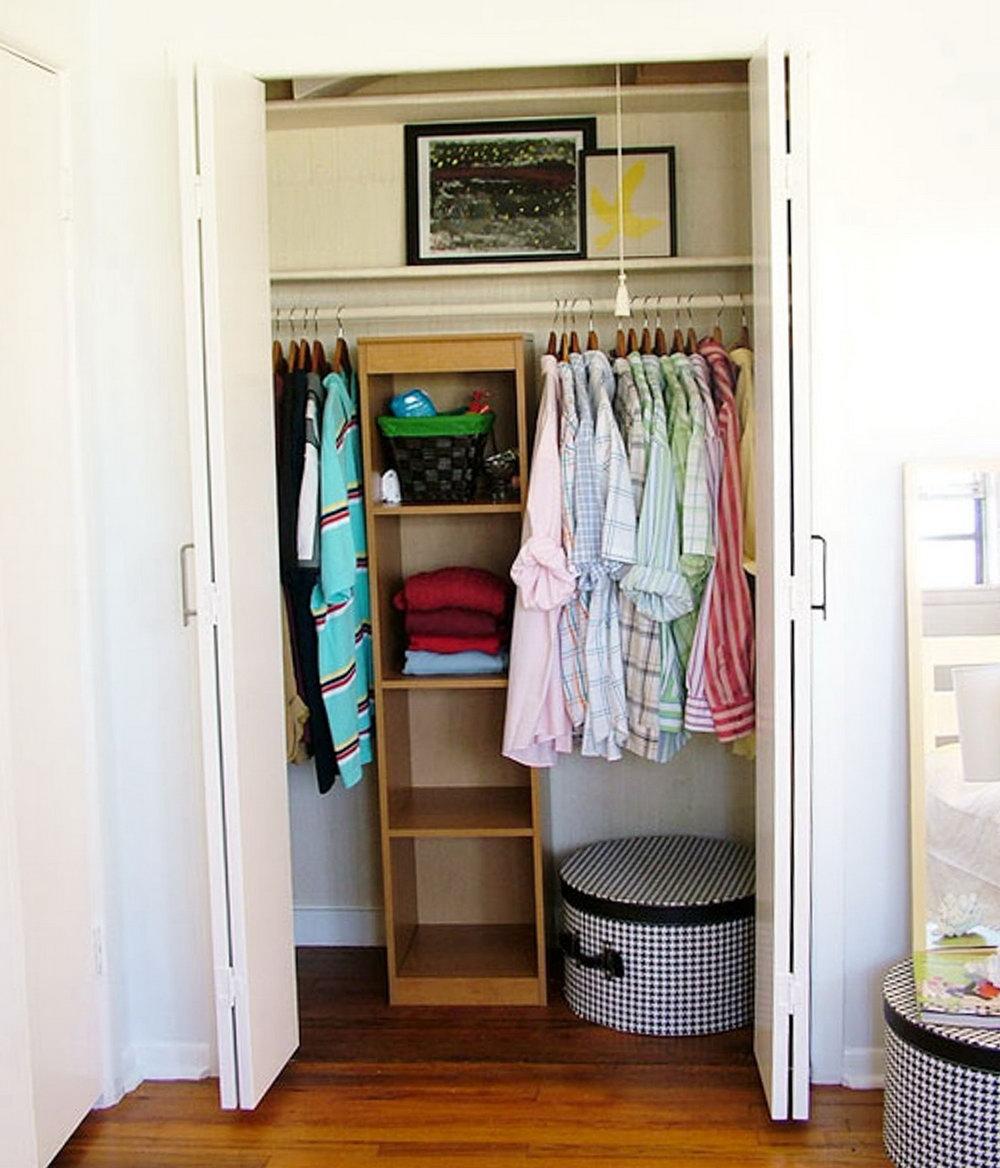 Maximizing Closet Space Apartment