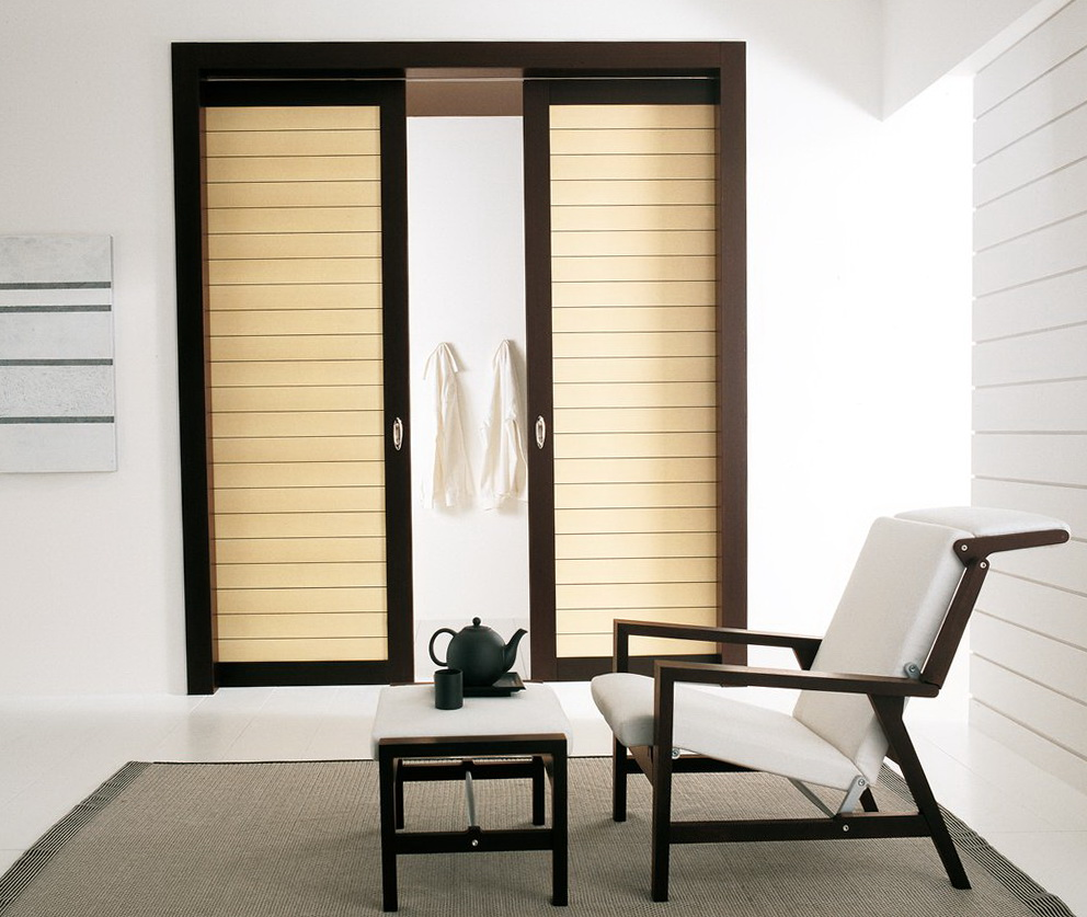 Simple Closet Designs With Sliding Door