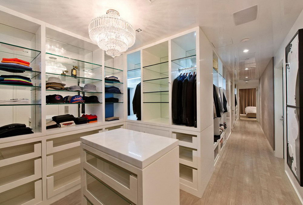 Small Walk In Closet Layout Ideas