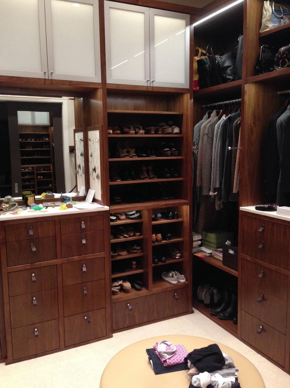 Top Shelf Closets & Cabinetry Inc