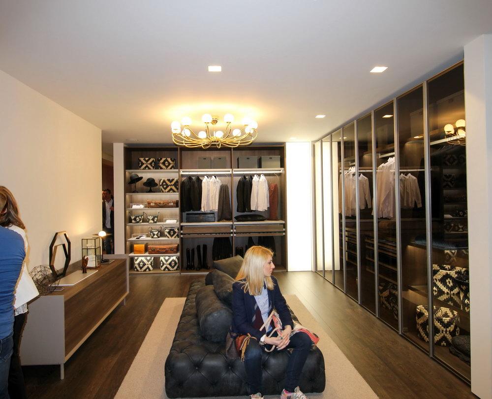 Walk In Closet Design For Women