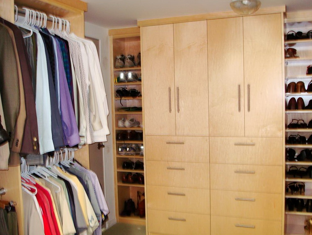 Closet Cabinet Design For Small Spaces