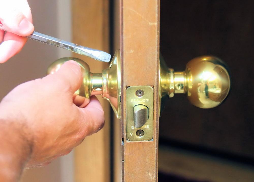 Fix Closet Door Knob