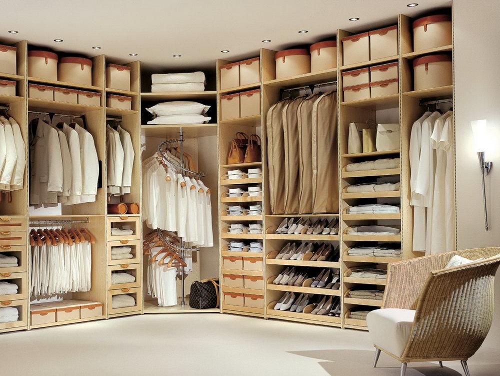 High End Walk In Closets