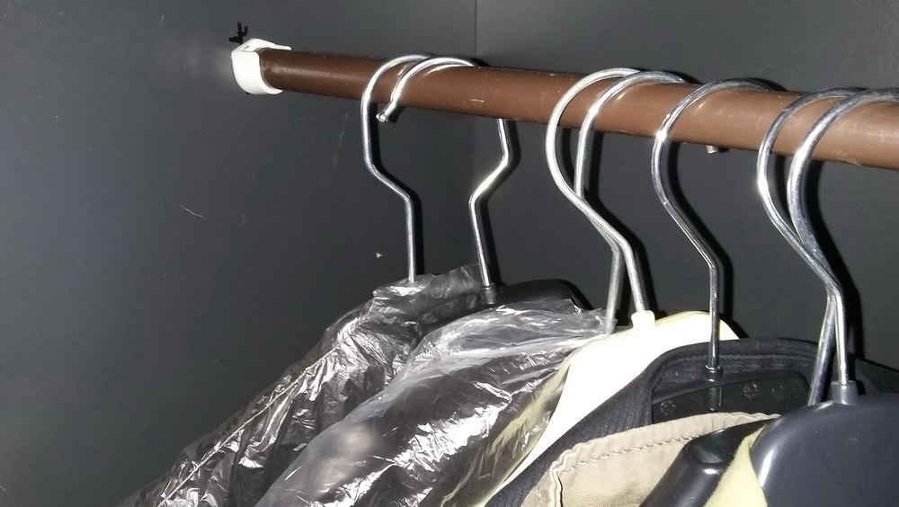 Installing A Closet Rod On Drywall