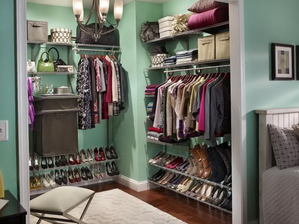 Making A Room Into A Closet