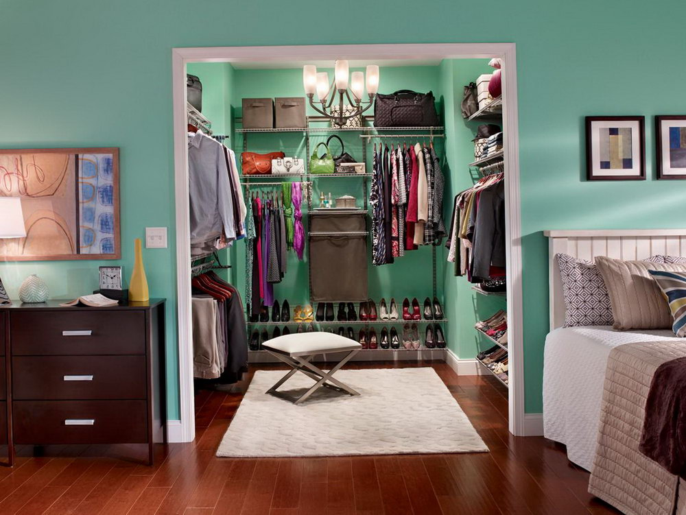 Organizing Walk In Closet On A Budget
