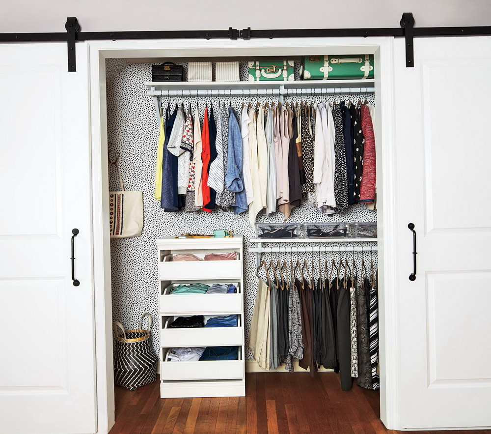 Simple Closets With Doors