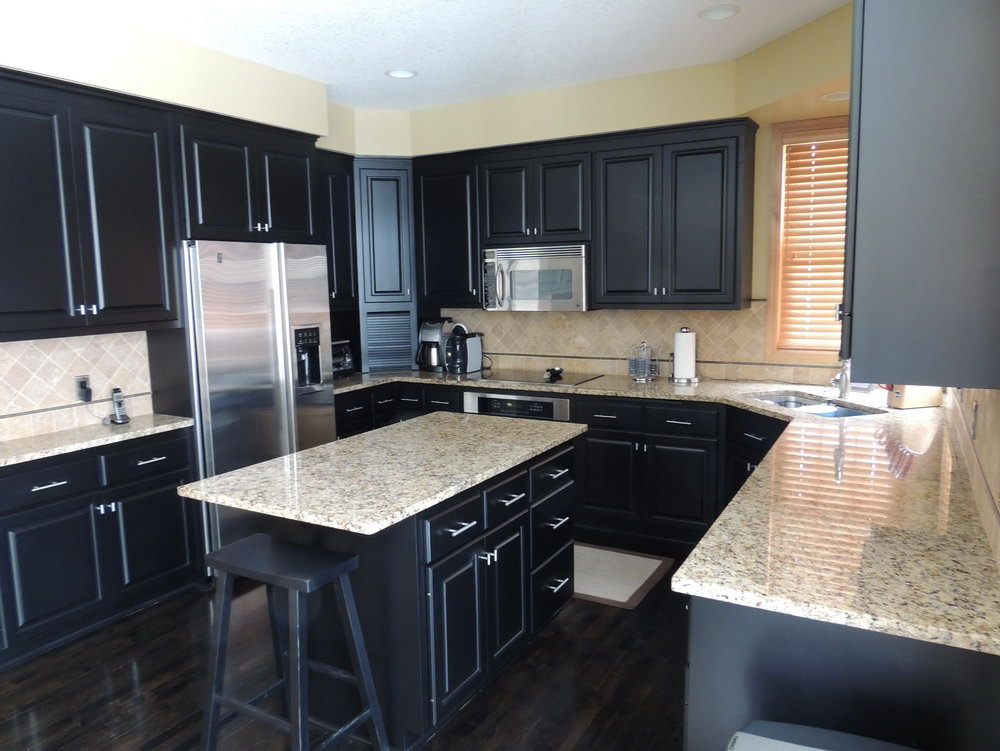 Kitchen Cabinet Colors With Dark Wood Floors