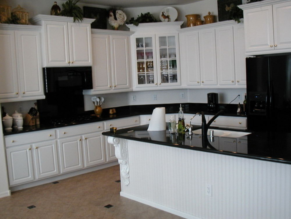 Off White Kitchen Cabinets With Glaze