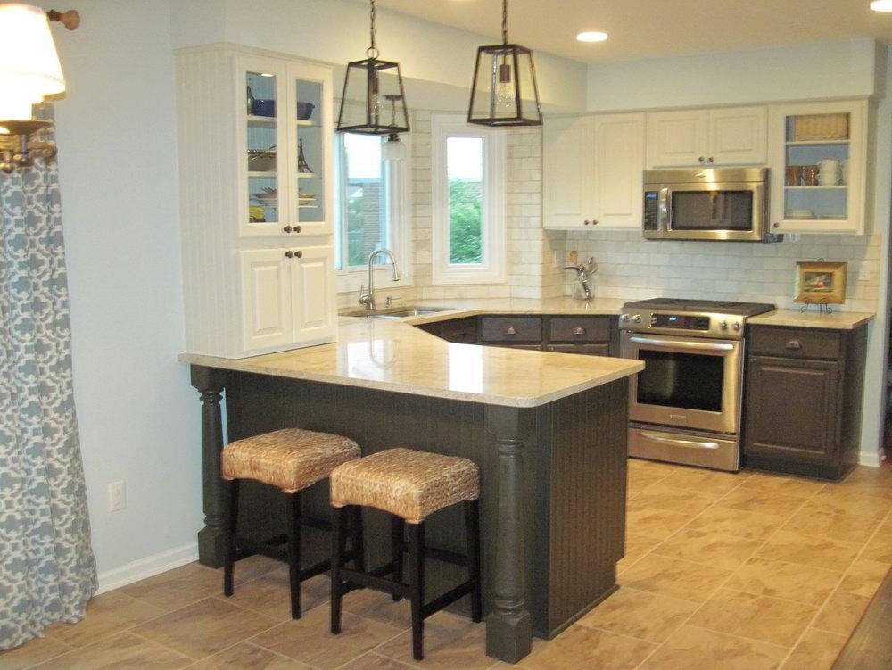 Off White Kitchen Cabinets With Subway Tile Backsplash
