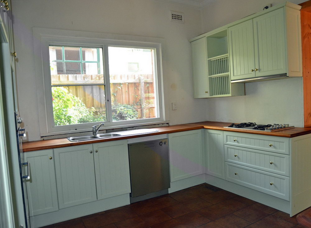 Used White Kitchen Cabinets