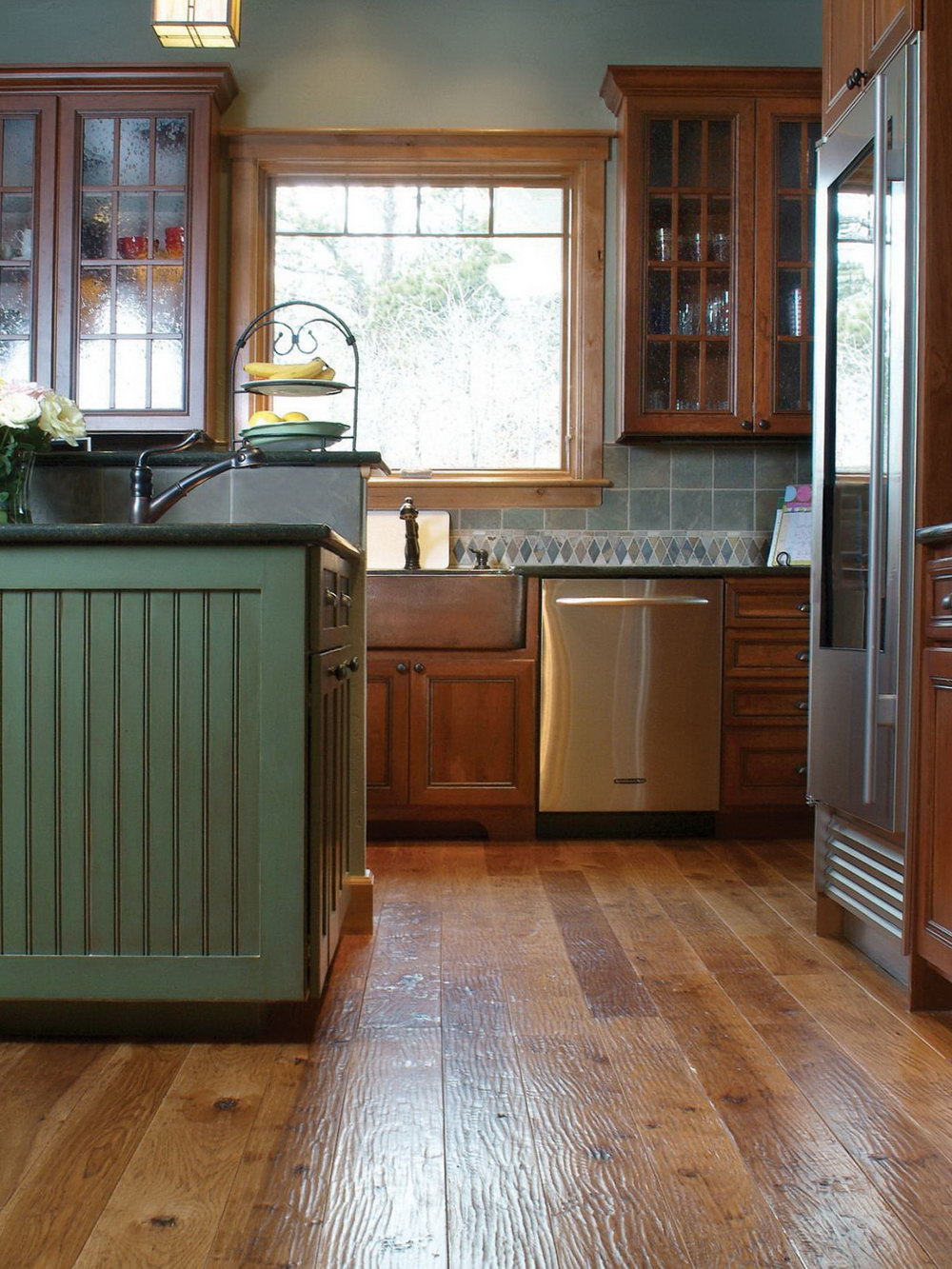 Wood Kitchen Cabinets With Hardwood Floors