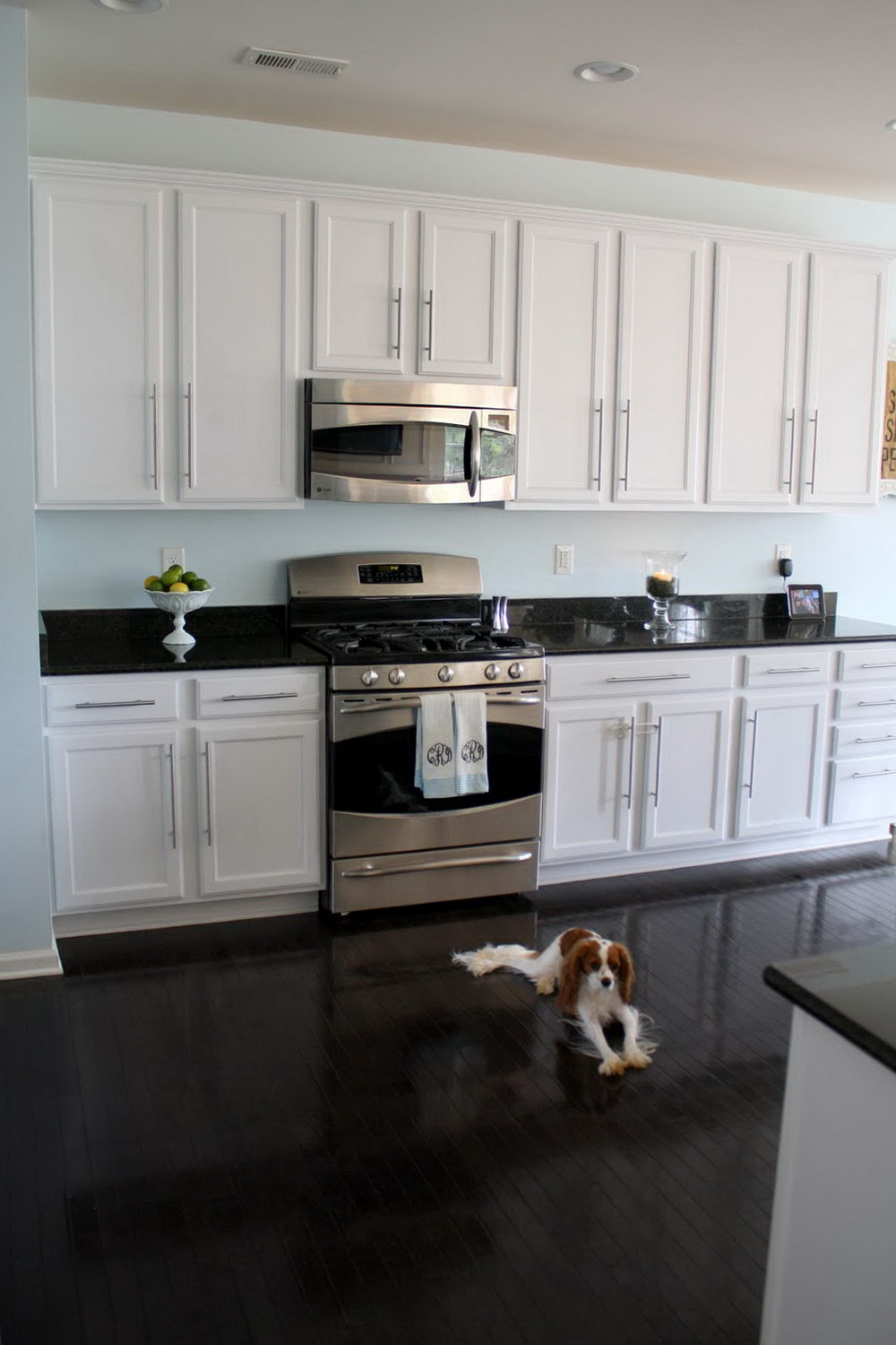Wood Kitchen Cabinets With White Trim