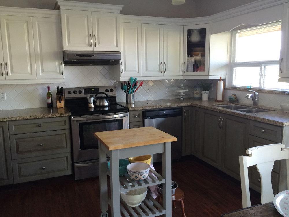 Annie Sloan Kitchen Cabinets Gray