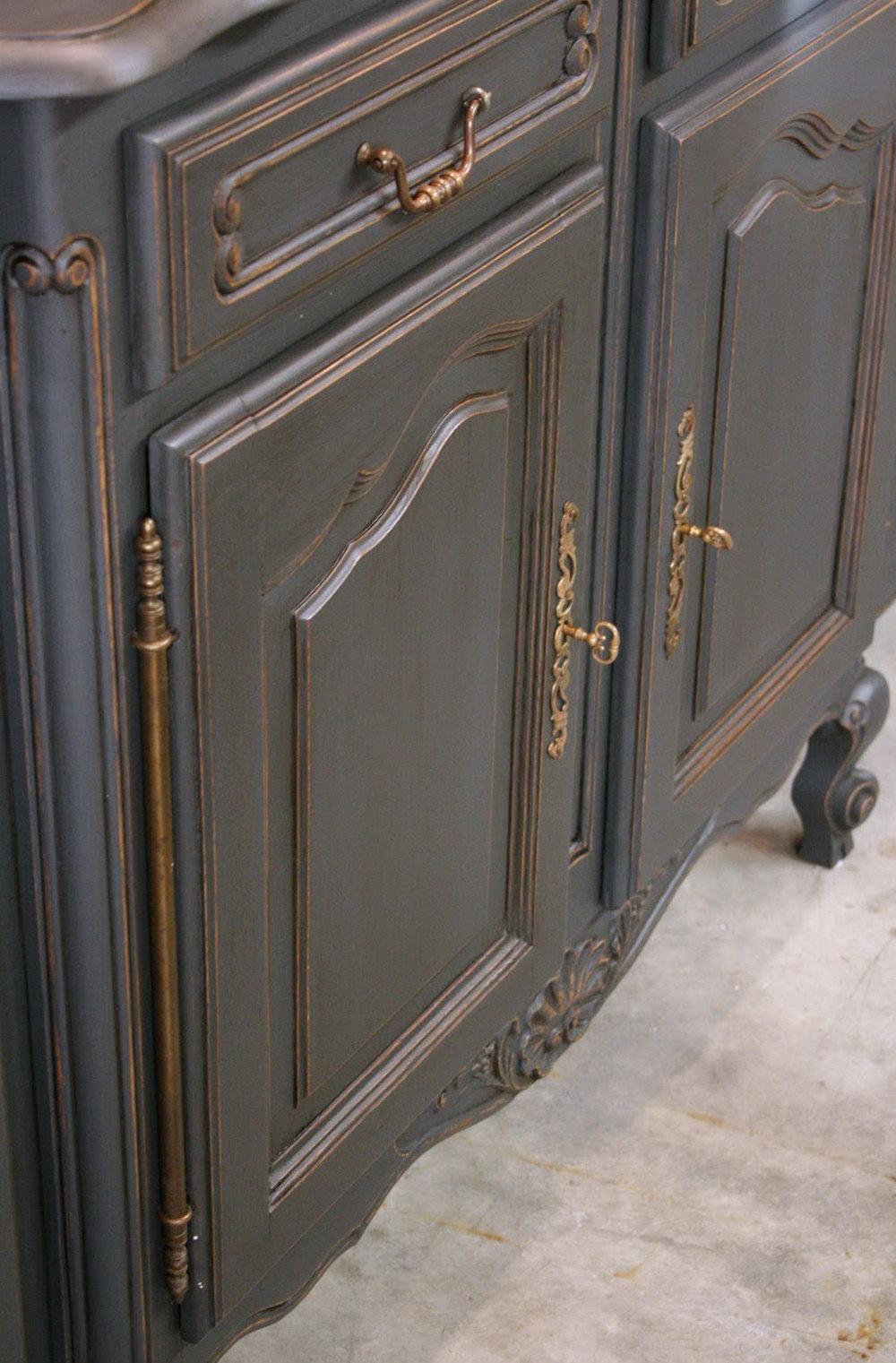 Annie Sloan Paris Grey Kitchen Cabinets