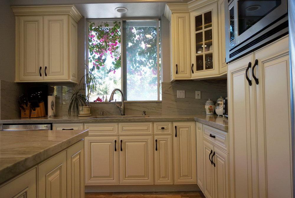 Antique White Cabinet Kitchens